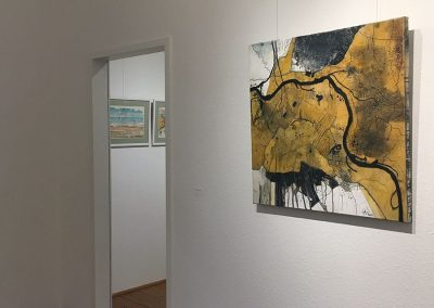 Constanze Straub (Wand vorn) Christel Hasper (Raum hinten)